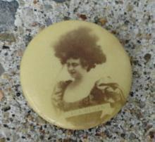 SWEET CAPORAL CIGARETTES CELLULOID TOBACCO PINBACK-PRETTY LADY PHOTO