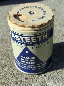 FASTEETH ALKAINE DENTURE POWDER CARDBOARD CONTAINER TIN;SAMPLE