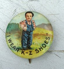 I WEAR K-Z SHOES ADVERTISING CELLULOID PINBACK-BOY IMAGE