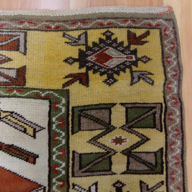 Hand Knotted Rug 2' 7 x 3' 11 Red Turkish Rug