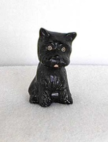 Vintage Small Scottie/Scotty Dog Figure