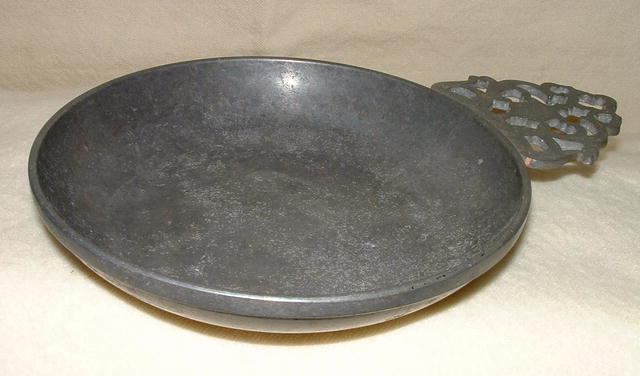 Vintage / Antique 6 Inch Stede Pewter Porringer