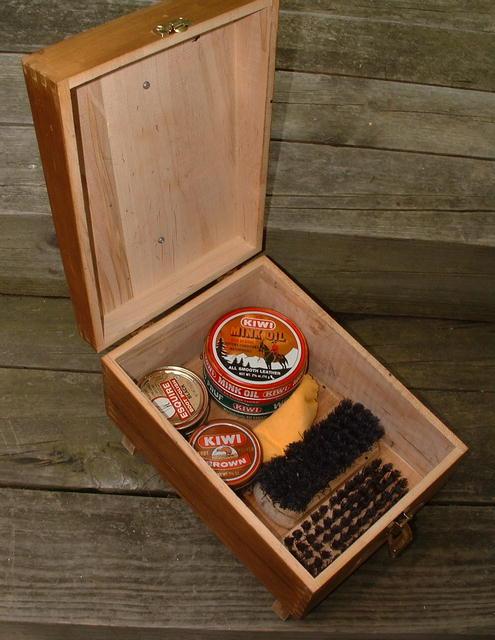 Vintage Hand-Crafted Kiwi Shoe Groomer / Shoe Shine Kit