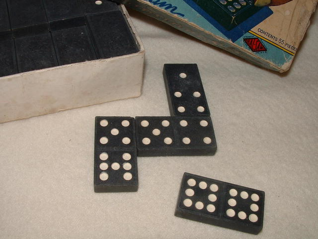 Vintage Halsam Double Nine Dragon Domino Set No. 920