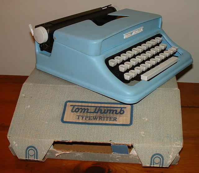 Vintage 1960's Tom Thumb Toy Typewriter & Box