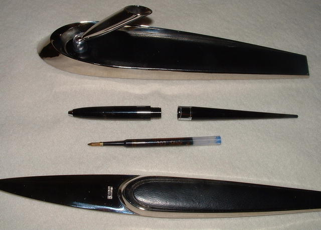 Vintage Sheaffer's & Solingen Desk Set