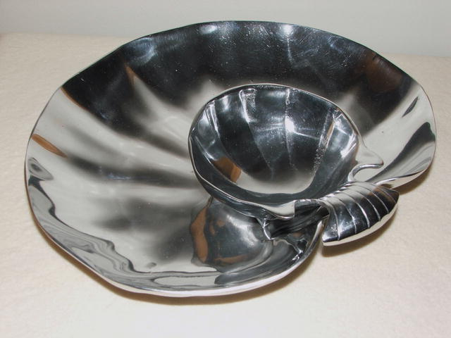 Hand-Crafted Mexican Pewter Shell-Shaped Server