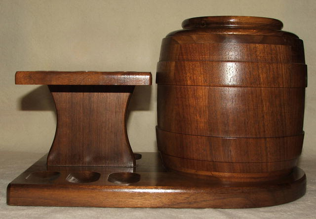 Vintage Dunhill / Deco Walnut Humidor Pipe Stand