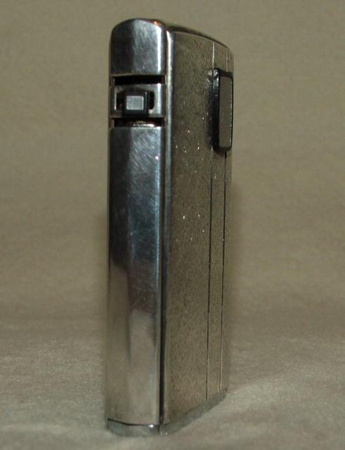 Vintage Ronson Varaflame Electronic Lighter - England