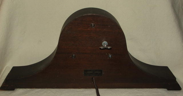 Antique Telechron Mantle Clock in Wooden Case