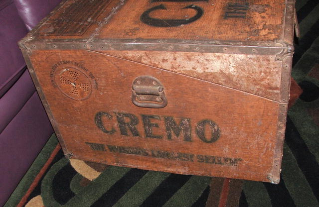 Large Antique Cremo Cigar Humidor Shipping Case
