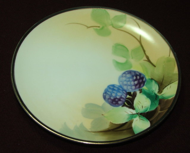 Antique Meito China Hand Painted  Berry Motif Plate
