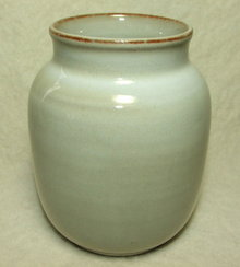 Studio Fris Dutch Art Pottery Vase # 512