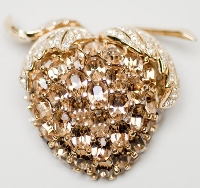 Fabulous Ciner Topaz Glass Stone and Rhinestone Strawberry Brooch Pin
