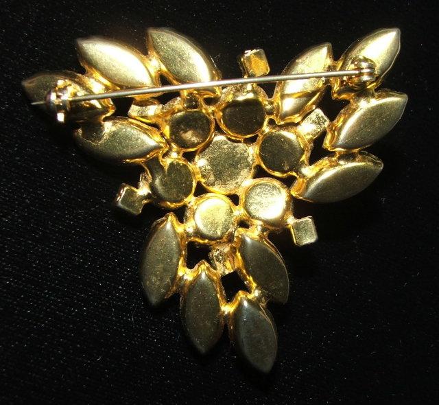 Stylish Vintage Crystal Aurora Borealis Rhinestone Brooch Pin