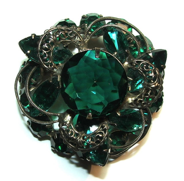 Vintage / Antique Emerald Green Glass & Pewter Filigree Brooch / Pin