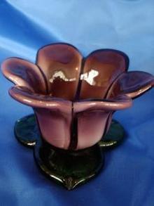 Pretty Purple Glass Flower Tealite Holder