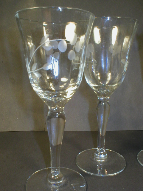Set of Four Pretty Rib Optic Cut Glass 3oz Wine Stems