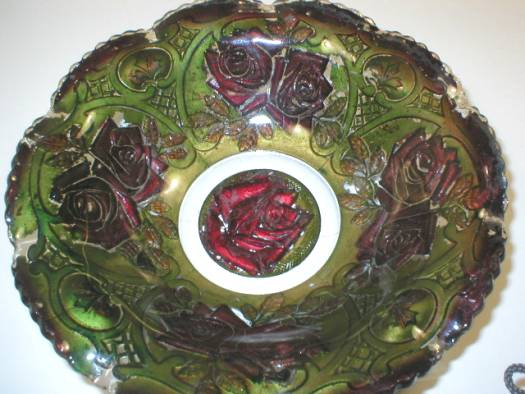 Goofus Glass Ruffled Bowl - Roses in the Snow