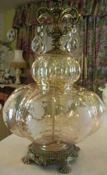 Irridescent Glass Roses Prism Lamp