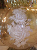 Irridescent Glass Roses Prism Lamp