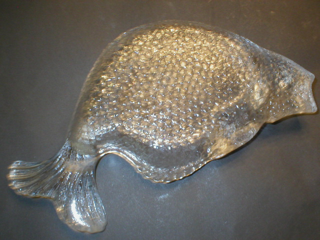 Really Nice Figural Glass Fish Bone Dish