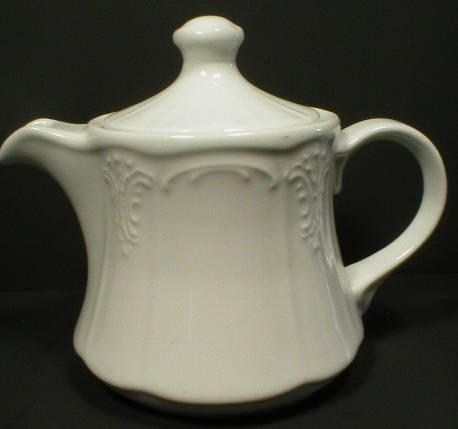 Lilien Austria Porcelain Hotel Teapot - Bellevue
