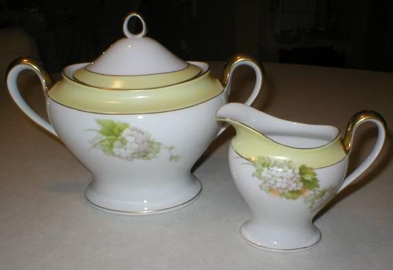 Gorgeous Tirschenreuth White Violets Covered Sugar & Creamer