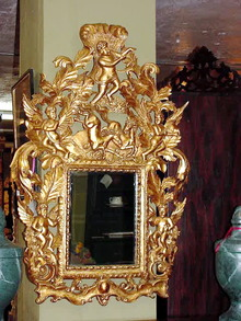 ITALIAN  CARVED  AND GILDED CHERUB MIRROR