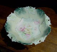 RS PRUSSIA BOWL WITH ROSES AND  LEAVES