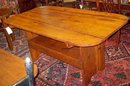AMERICAN PINE HUTCH TABLE OF SETTLE BENCH