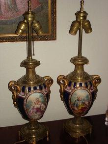 Louis VX Pocelain& Ormolu Urns