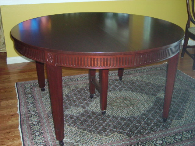 Hepplewhite Mahogany Table