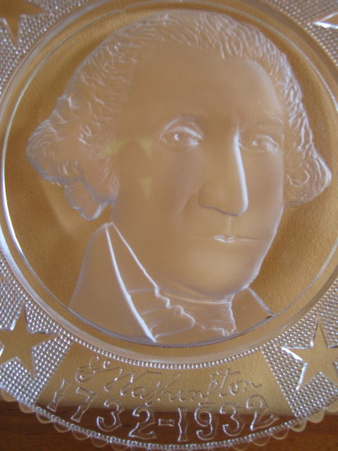 WASHINGTON Bicentennial Pattern Glass Plate 1932