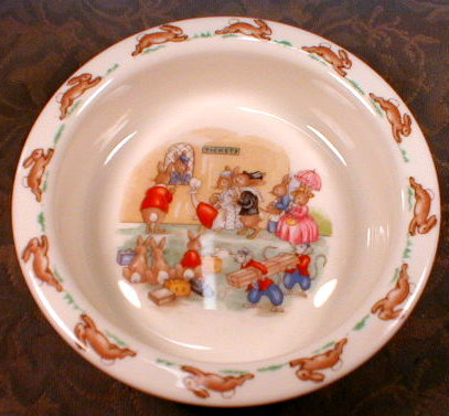 BUNNYKINS Baby BOWL Railroad Station - DOULTON-