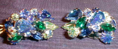 ROBERT Rhinestone EARRINGS Blue clips -VINTAGE-