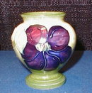 MoorCroft CLEMATIS Vase GREEN - Vintage -