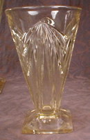 PYRAMID Yellow GLASS Tumblers -5- VINTAGE -
