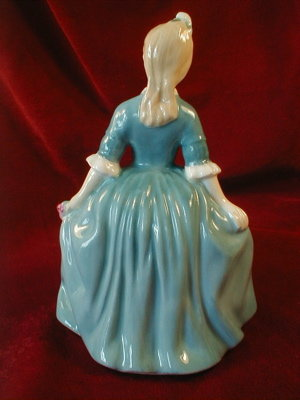 ROYAL Doulton WILLIAMSBURG Child # HN2154 -