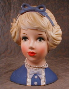 Lark TEEN Head Vase JN-4113 Young Blond VINTAGE