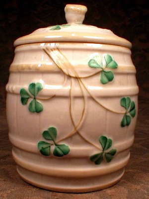 BELLEEK Marmalade JAM Pot SHAMROCKS - 1st Green Mark -