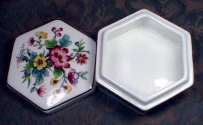 COALport MiNG Rose BOX - Jewelry or  Trinket -