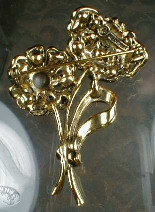 HOLLYCRAFT Floral SPRAY Pin - VINTAGE -