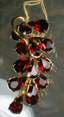WEISS Rhinestone PIN Red RHINESTONE Spray
