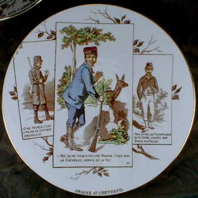 SARREGUEMINES Plate - French Venison Hunting - ANTIQUE