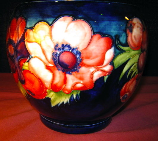 MOORCROFT Anemone Bowl LARGE - Signed Walter -