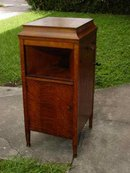 Vintage Brunswick Phonograph with 1/4 Sawn Tiger Oak Cabinet