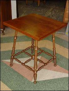 Antique Solid Oak Antique Parlor Table