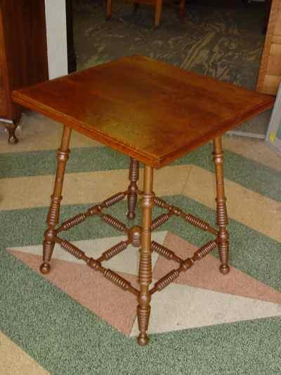 Antique Solid Oak Antique Parlor Table