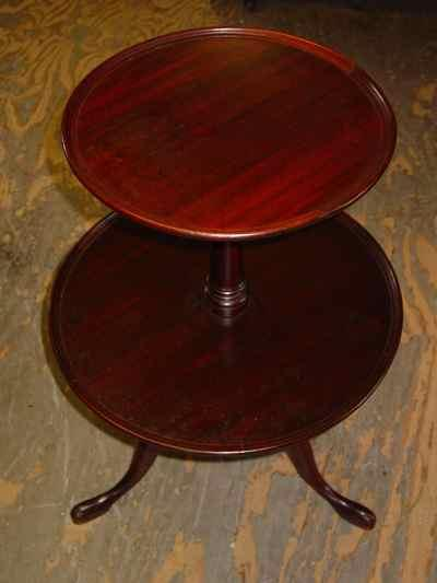 Federal Style Mahogany Two-Tiered Tripod Butler's Table